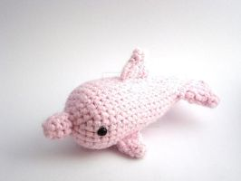 Pink Dolphin by MoonYen