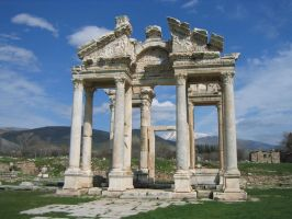 Tetrapylon of Aphrodisias by Syltorian
