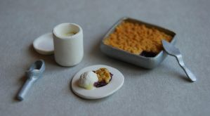 1:12 Scale Blackberry Crisp by sophiagreco