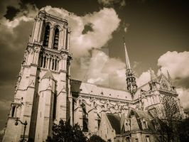 Notre Dame de Paris by ArchandSoul