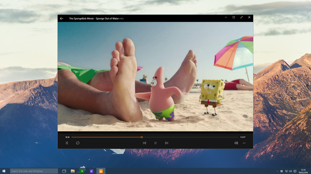 Windows 10 - VLC Playing Video by Metroversal
