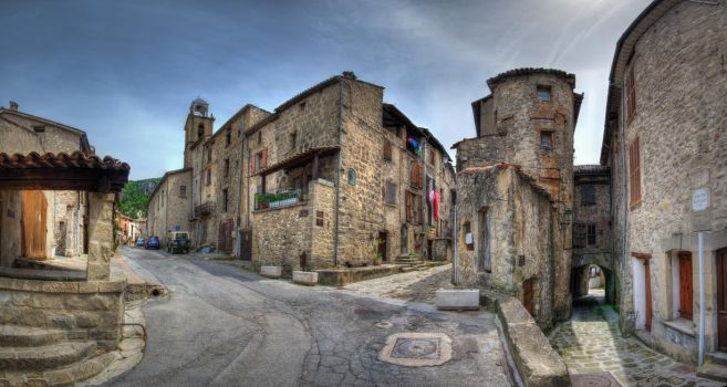 Streets of Annot by roman-gp