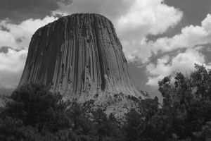 Devils Tower in B-W by Ineoin
