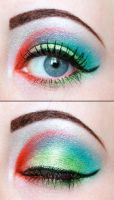 Green and red eyeshadow by Creativemakeup