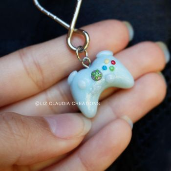Xbox Controller Key Chain by LizClaudia