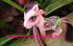 My little pony custom Lily by AmbarJulieta