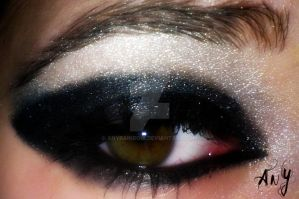 Black Eye Make Up by AnyRainbow