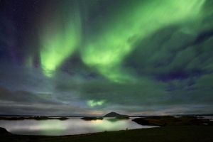 Myvatn Northern Lights by cwaddell