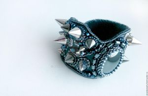 Bracelet with spikes by AnabellaAt