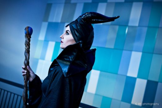 Maleficent by Icaruskun