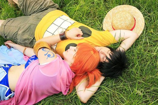 Nami Luffy One Piece by Lucy-chan90