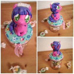 My little pony - Maidcafe Maskot Berry by MimicProductions