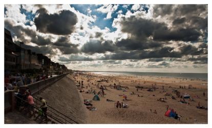 Plage de Cabourg 2 by Yoshituro