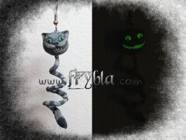 Cheshire Cat (stregatto) earring polymer clay ooak by frybla