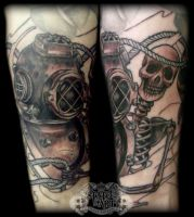 Diving helmet by state-of-art-tattoo