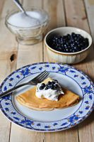 Pancakes with blueberries by fotografka