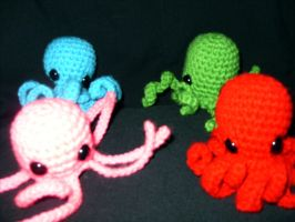 Amigurumi Octopi by Sugarcoatidli3z