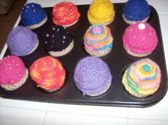 A batch of crochet cupcakes by Jessica-Pot