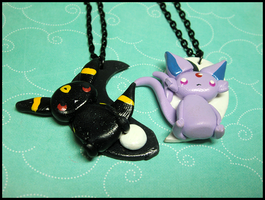 Espeon and Umbreon Yin Yang Necklace