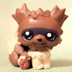FOR SALE: Zigzagoon inspired LPS custom by pia-chu