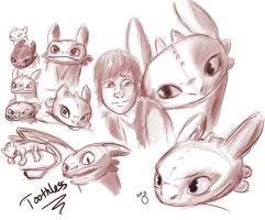 Toothless Doodles by pandatails
