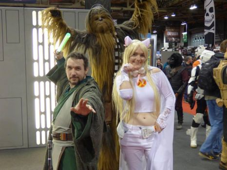 When a wookie Photobombs by Laineyfantasy