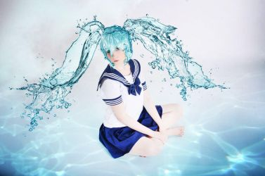 Vocaloid: Bottle Miku - ocean floor by UzumeCosplay