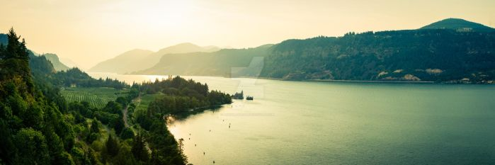 Sunset on the Columbia River by ANNIHILATOR001