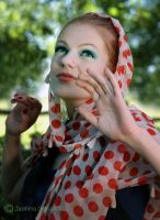 My face turns to summer by antoanette