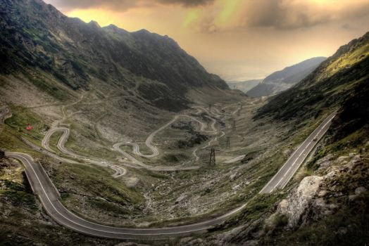 Road of the Snake by WeNDoR