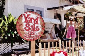 Yard Sale by Kihatsusei