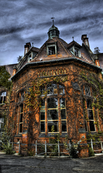 The Mansion by Alandil-Lenard