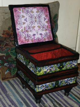 Handmade make up case open top side by Babonga