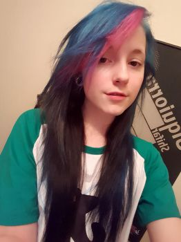 So I colored my hair xD by xXCandyNitemareXx