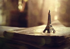 It was Paris by surrealistycznie