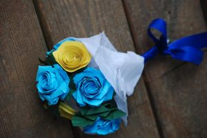 Origami Blue Sky Wedding Rose Bouquet by lisadeng