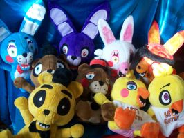 Five Nights at Freddy's plushies! by PollyRockets