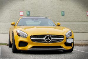 Golden Benz by SeanTheCarSpotter