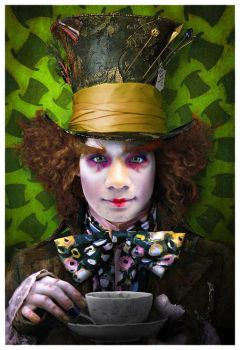 Me as the Mad Hatter by lamch0pz