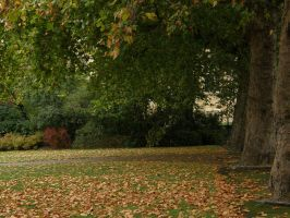 London 20 Autumn by Gwathiell