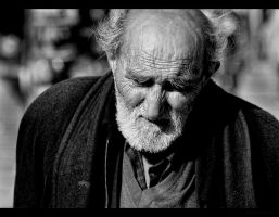 old man black and white by mustafarboy