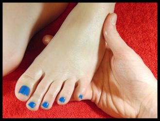 Oily feet, covered in massage oil :3 by RopeFun