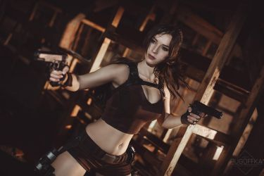 Lara Croft cosplay - Tomb Raider  V. by EnjiNight
