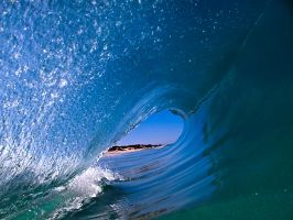 Surfers POV by LouisStone