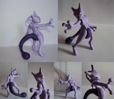 Mewtwo Commission by chow-marco