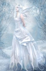 Pure White by LaVolpeCimina
