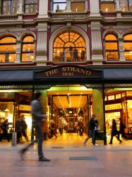 The Strand by luisilustra