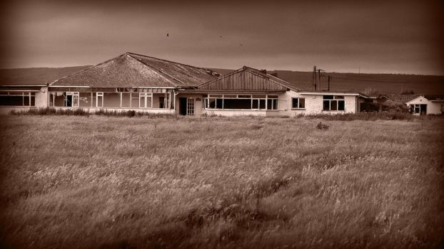 Atherfield Bay Holiday Camp by cosmicmindwarp