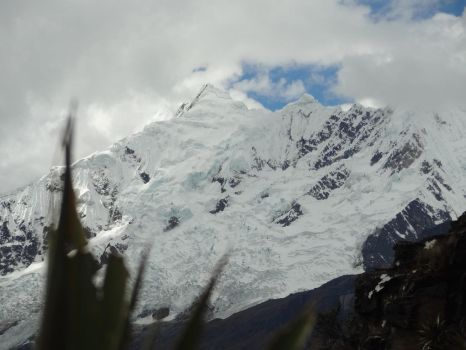 Glacier in the Andes by AllyxG
