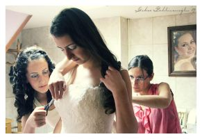 wedding and sisters by Anahita